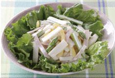 生でも美味しい軟白ウド(東京ウド)「立川こまち」のサラダ